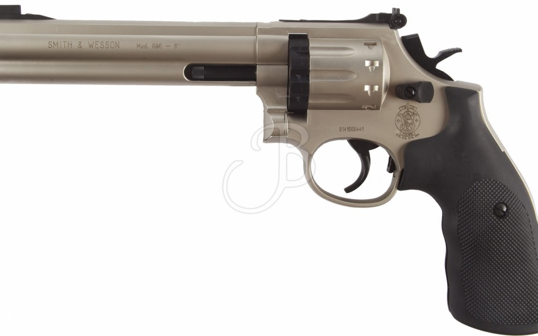 UMAREX Smith & Wesson 686 NICKEL